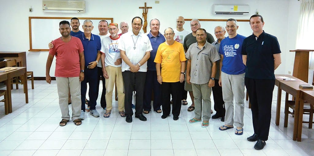Fr.-2BFerruccio-2BBrambillasca-2Bwith-2Bthe-2BPIME-2BMissionaries-2Bof-2Bthe-2BPhilippines-300×149.jpg